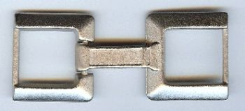 Connected buckles in Dark Nickle finish
