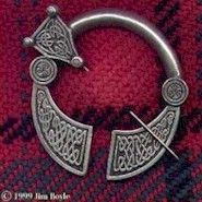 Celtic Penannular in Solid Pewter