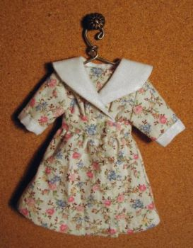 "Shawl Collar Dress Pattern for 6"" Dolls"