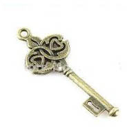 Antique Bronze Plated Steampunk Victorian Skeleton Key with Intertwined Design