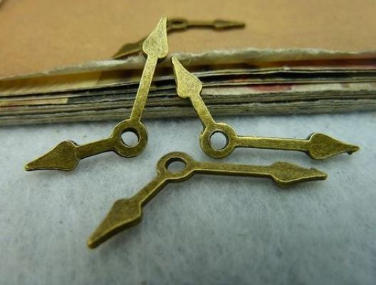 Antique Brass/Bronze Clock Hands Charm DIY Jewelry Making - Pack of 5