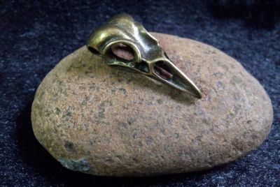 Crow Skull Plague Doctor Pendant in Brass/Bronze Finish